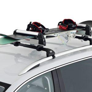 Roof bars ski racks